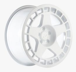 Fifteen52 - Turbomac (White)